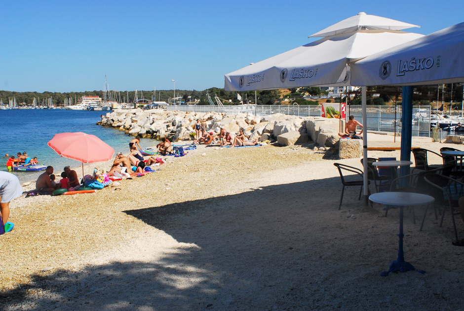 öffentliche Strandbar